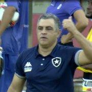 Sobrou até para o banco: Rafael Carioca leva amarelo e auxiliar de Chamusca é expulso em Náutico x Botafogo