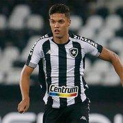 Botafogo e Cercle Brugge avançam por empréstimo de Sousa; valores são mantidos em sigilo para evitar penhoras