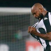 Botafogo avança nas negociações com a Portuguesa-RJ e está perto de adquirir Chay