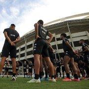 Botafogo aguarda resposta de um treinador, tem outro como plano B e vive expectativa de anunciar