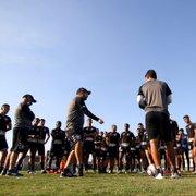 Já dá para exigir sim algo do Botafogo na estreia de Enderson Moreira