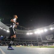Gilvan vê Lucas Mezenga na Seleção Brasileira no futuro e elogia Enderson no Botafogo: 'Filosofia muito boa'