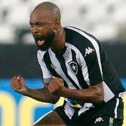 Após dia de protesto no Nilton Santos, Chay manda recado à torcida do Botafogo: 'Darei minha vida pelo acesso'