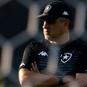 Botafogo não quer demitir Chamusca antes de ter novo nome em pauta
