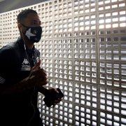 Diego Gonçalves pode perder até dez jogos da Série B, e Botafogo cogita ir ao mercado por substituto