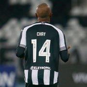 Gerson rasga elogios: 'Chay está passando dos limites. Carregou o Botafogo nas costas'