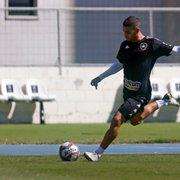 Botafogo: Carli segue fora, e Felipe Ferreira volta a ser relacionado contra o Náutico