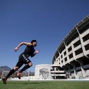Luís Oyama celebra fase no Botafogo: 'Me preparei bastante para chegar em um clube grande'