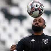 Comentarista: 'Botafogo tem que ser ágil e comprar logo Chay, senão vai levar pernada'