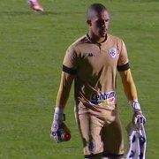 Comentarista vê erro de Diego Loureiro no Botafogo 'na conta' de orientação de jogar com os pés