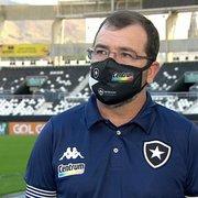 Enderson crê que Botafogo poderia vencer 'com mais tranquilidade' e exalta Joel Carli: 'Ganhamos mais um zagueiro'