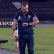 Comentarista: 'Chamusca queria protagonismo do Botafogo, Enderson quer controle. Mudou ambiente e estratégia'
