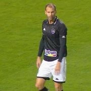 Comentarista: 'Acho o Carli, do Botafogo, mediano, mas leva vantagem no posicionamento'
