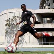 Busca do Botafogo por lateral tem a ver com planos de Enderson para Jonathan Silva