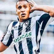 Justiça dá 15 dias para Botafogo pagar R$ 1,5 milhão em processos de Victor Simões e ex-gerente