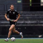 Com entorse no tornozelo, Carli desfalca Botafogo contra o Londrina; Romildo também está fora