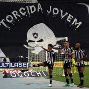 Colunista: 'Em tese, bastam agora sete vitórias para Botafogo garantir o retorno à Série A'