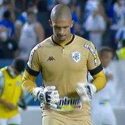 Enderson defende Diego Loureiro após falha em revés do Botafogo: 'Foi responsável direto por muitas vitórias'