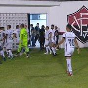 Comentarista: 'Botafogo está passando pela fase da irregularidade, mas está no caminho certo'