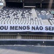 Faixa 'mais ou menos não serve' é concluída e já está presente no Nilton Santos para Botafogo x Sampaio Corrêa