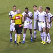 Central do Apito vê 'exagero' em expulsão de Kanu em Vitória x Botafogo: 'Lance casual'