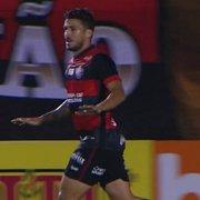 Emprestado pelo Botafogo, Marcinho marca belo gol em derrota do Vitória para o Remo; veja