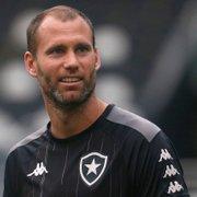 Escalação do Botafogo: Daniel Borges e Carli voltam ao time contra o Avaí