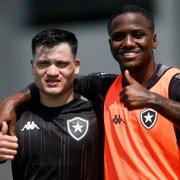 Ronald volta a ser opção no Botafogo exatamente um turno depois