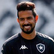 Jonathan Lemos vê acesso do Botafogo próximo, pede pés no chão e celebra voltar a jogar: 'Sensação de felicidade'