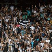 Após mudança de protocolo, Botafogo tem mais torcedores contra CRB do que nos outros jogos somados