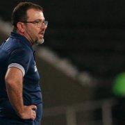 Enderson enaltece Jonathan Lemos e promete seguir rotação no Botafogo: 'Precisamos contar com todos'
