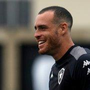 Pedro Castro confia na força do Botafogo diante do Goiás: 'Acredito muito na qualidade do nosso grupo'