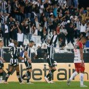 Comentarista: 'Foi uma das vitórias mais marcantes em nível de atuação do Botafogo. Top-3'