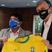 Botafogo: Durcesio Mello se reúne com dirigentes da CBF e levanta temas logística e arbitragem