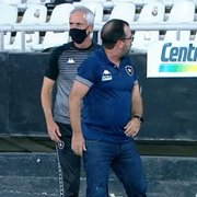 Após bate-boca de Enderson, Botafogo não coloca à venda ingressos para setor atrás dos bancos