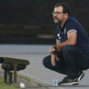 Em carta aberta, Enderson destaca grandeza do Botafogo e pede apoio: 'Agi em defesa do grupo. Não vamos deixar esse acesso escapar!'