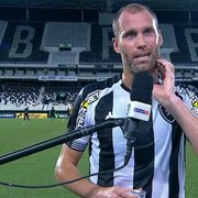 Carli lamenta derrota do Botafogo e vê vaias da torcida como normais: 'Todos estão chateados'