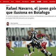 Rafael Navarro, do Botafogo, é destaque em jornal espanhol: 'Faro de gol e grande presença de área'