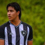 Botafogo encaminha primeiro contrato profissional de Rhenzo, boliviano destaque na base