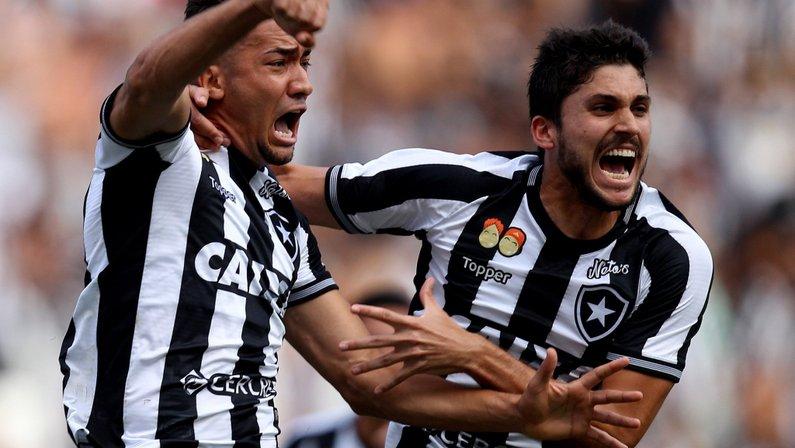 Comentarista: Corinthians entra na briga por Igor Rabello e oferece Moisés e Jean ao Botafogo