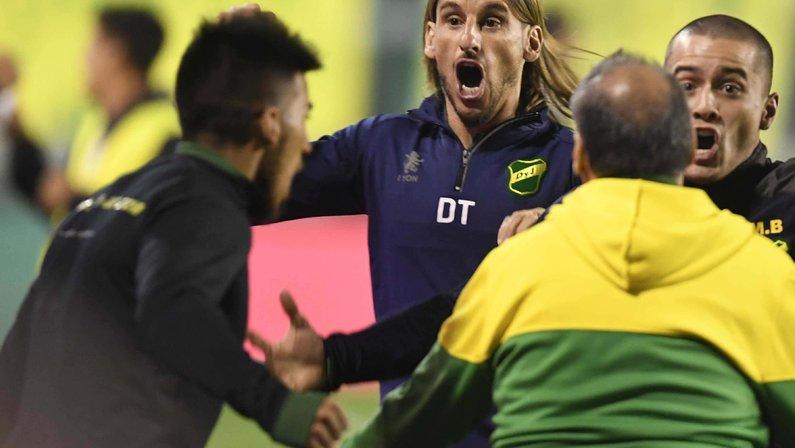 Barroca, Beccacece e Thiago Larghi são outros nomes cotados no Botafogo