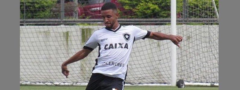 Caso Caio Alexandre: Botafogo ficaria com percentual de promessa, Jean e Moisés e teria perdão de dívida