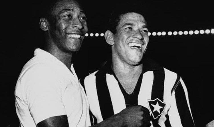 Pelé e Garrincha, maiores ídolos de Santos e Botafogo