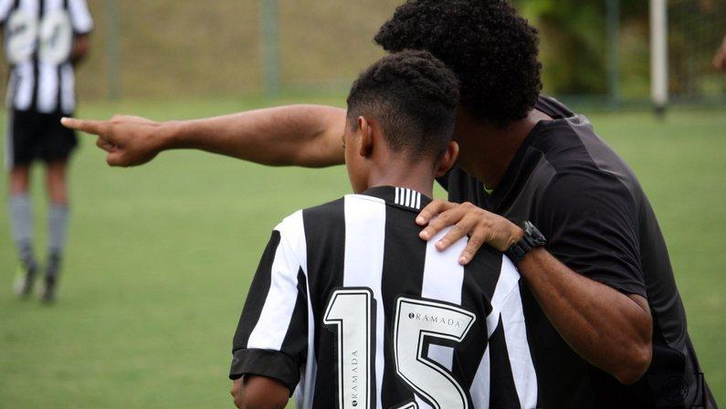 Base: Botafogo estreia no Carioca Sub-15 neste sábado contra o Itaboraí, no Cefat