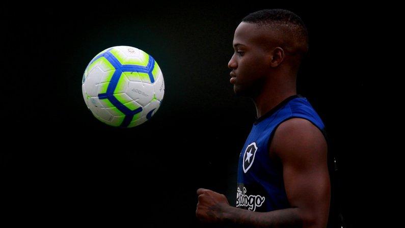 Site: Botafogo e Nova Iguaçu vão dividir € 1 milhão pela venda de Jonathan