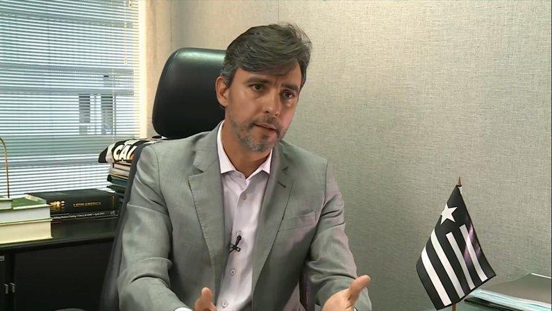 Ex-vice de futebol lembra que Botafogo subiu com técnicos experientes, elogia Dorival e torce para clube acertar na escolha