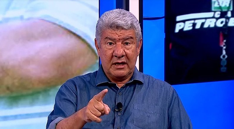 Joel Santana e Loco Abreu relembram briga no Botafogo