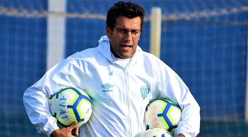 Alberto Valentim vai comandar o Avaí no jogo contra o Vasco antes de assumir o Botafogo