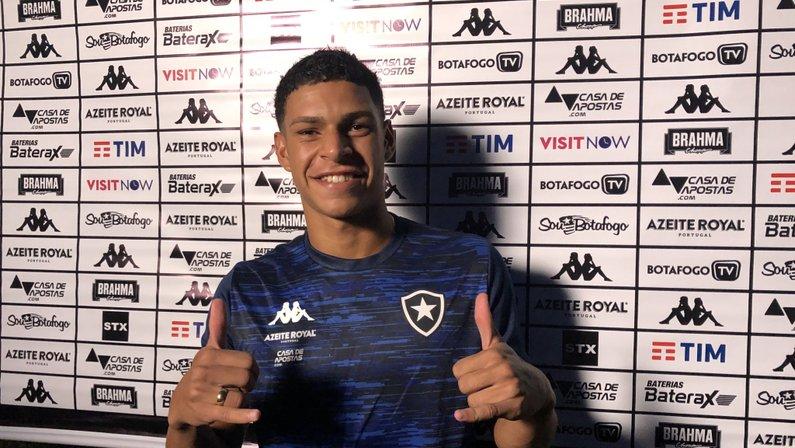 Luis Henrique, durante pré-temporada do Botafogo de 2020 no Hotel Fazenda China Park