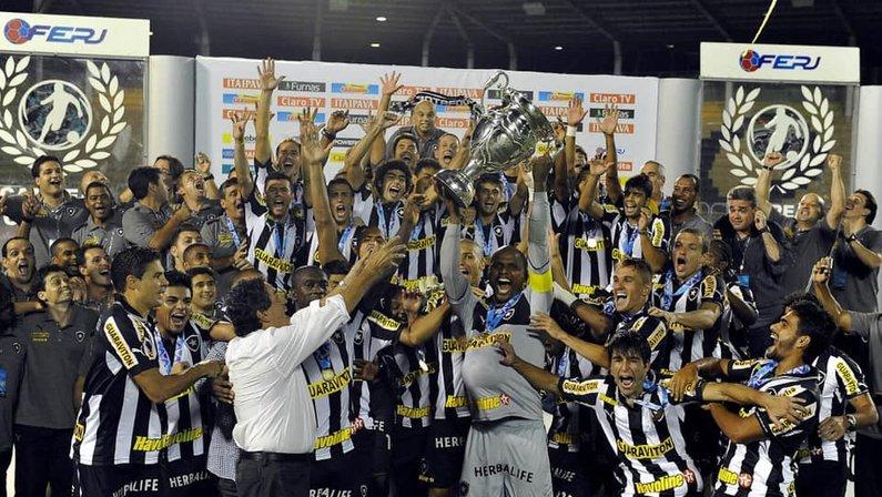 Botafogo campeão carioca em 2013
